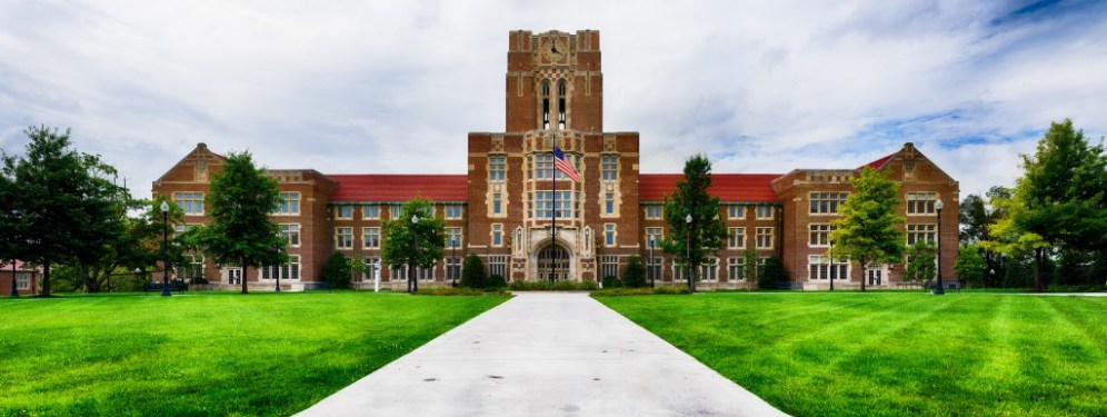 Ayers Hall, on the University of Tennessee Campus. 297MP composite image.